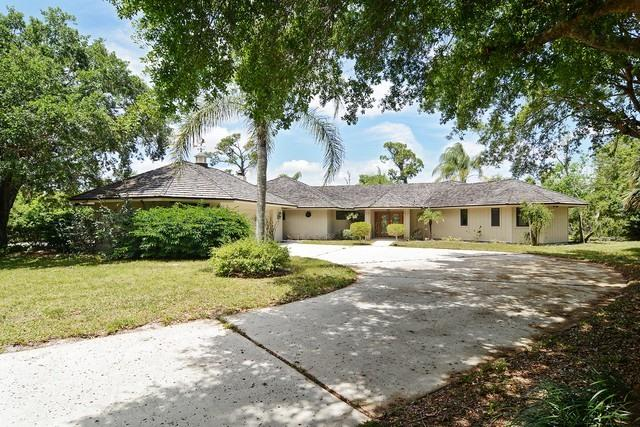 4330 Thistle Terrace, Palm City, Florida 34990, 3 Bedrooms Bedrooms, ,2.1 BathroomsBathrooms,Single Family,For Sale,Thistle,RX-10488248