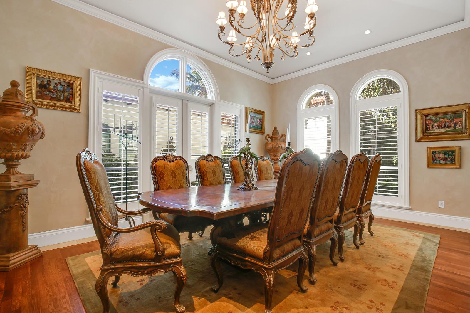 130 Churchill Way, Manalapan, Florida 33462, 6 Bedrooms Bedrooms, ,7.2 BathroomsBathrooms,Single Family,For Sale,MANALAPAN ESTATES,Churchill,RX-10483505