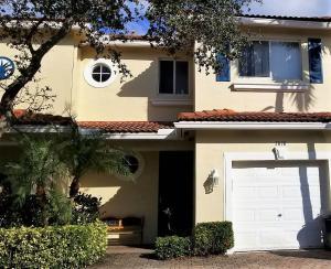 3090 N Evergreen Circle Boynton Beach FL 33426
