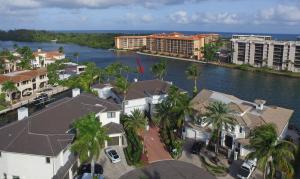 800 Ne Harbour Drive Boca Raton FL 33431
