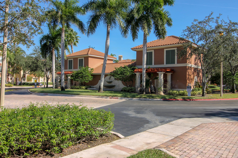 11720 St Andrews Place, Wellington, Florida 33414, 2 Bedrooms Bedrooms, ,2 BathroomsBathrooms,Condo/Coop,For Rent,St Andrews,2,RX-10489064