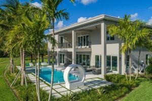 11823 Windy Forest Way Boca Raton FL 33498