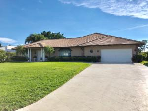 229 N Country Club Drive, Atlantis, FL 33462