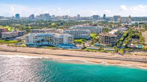 130 Sunrise Avenue, 219, Palm Beach, FL 33480