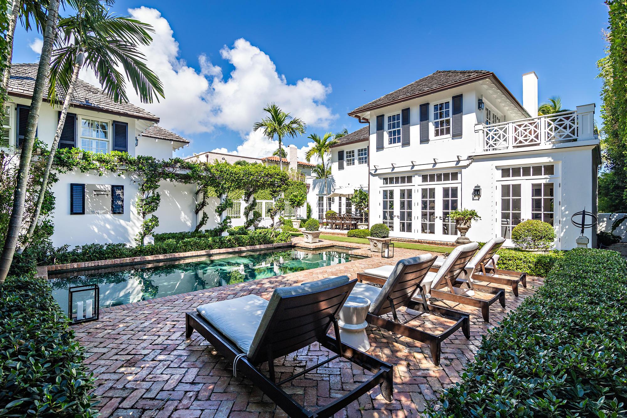 146 Seaspray Avenue, Palm Beach, Florida 33480, 4 Bedrooms Bedrooms, ,3.3 BathroomsBathrooms,Single Family,For Sale,Seaspray,RX-10490036