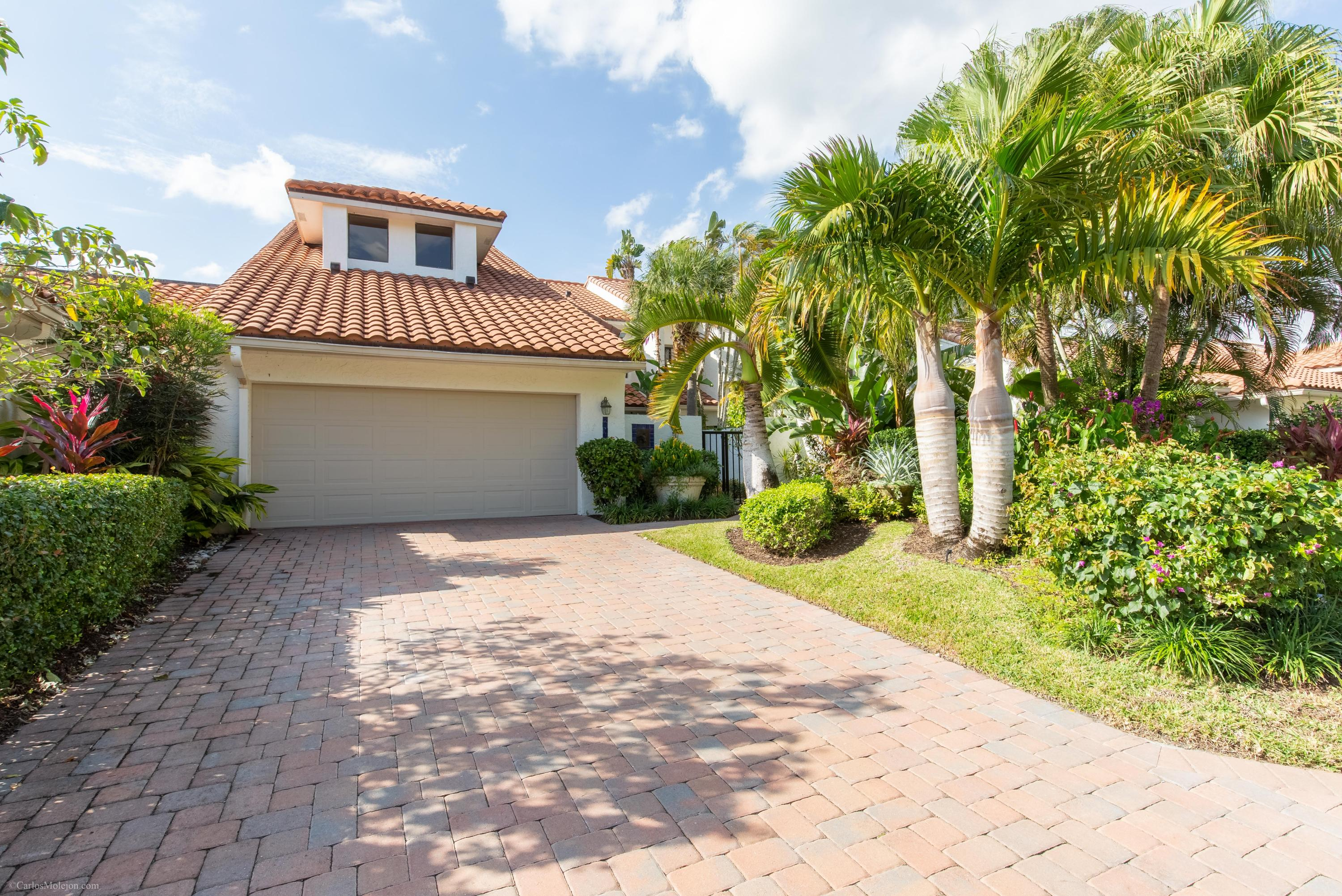 2507 Windsor Way Court, Wellington, Florida 33414, 4 Bedrooms Bedrooms, ,4.1 BathroomsBathrooms,Townhouse,For Sale,PALM BEACH POLO,Windsor Way,1,RX-10490006