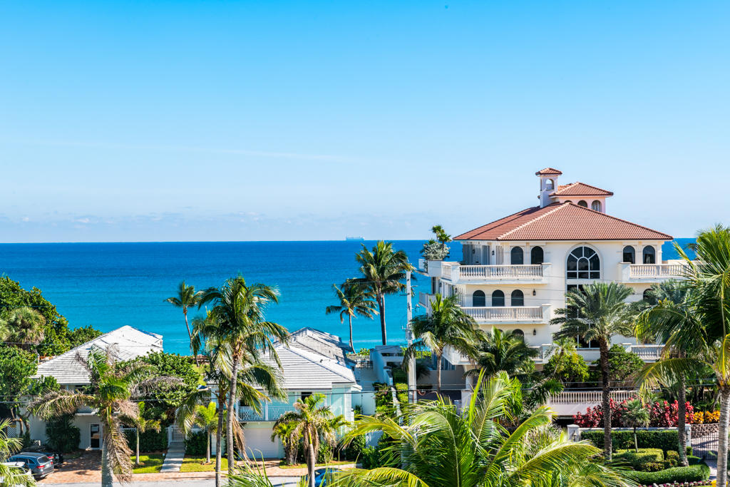 3450 Ocean Boulevard, Highland Beach, Florida 33487, 3 Bedrooms Bedrooms, ,2 BathroomsBathrooms,Condo/Coop,For Sale,CASUARINA,Ocean,6,RX-10490030