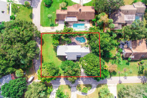11067 Oakway Circle, Palm Beach Gardens, FL 33410