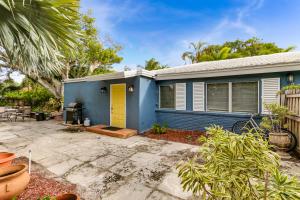 3316 Poinsettia Avenue, West Palm Beach, FL 33407