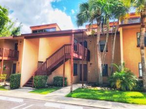 1503 Lakeview Drive E, 1503, Royal Palm Beach, FL 33411