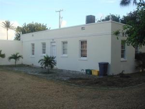 1090 S Ocean Boulevard, Palm Beach, FL 33480