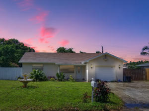6859 Westview Drive, Lake Worth, FL 33462