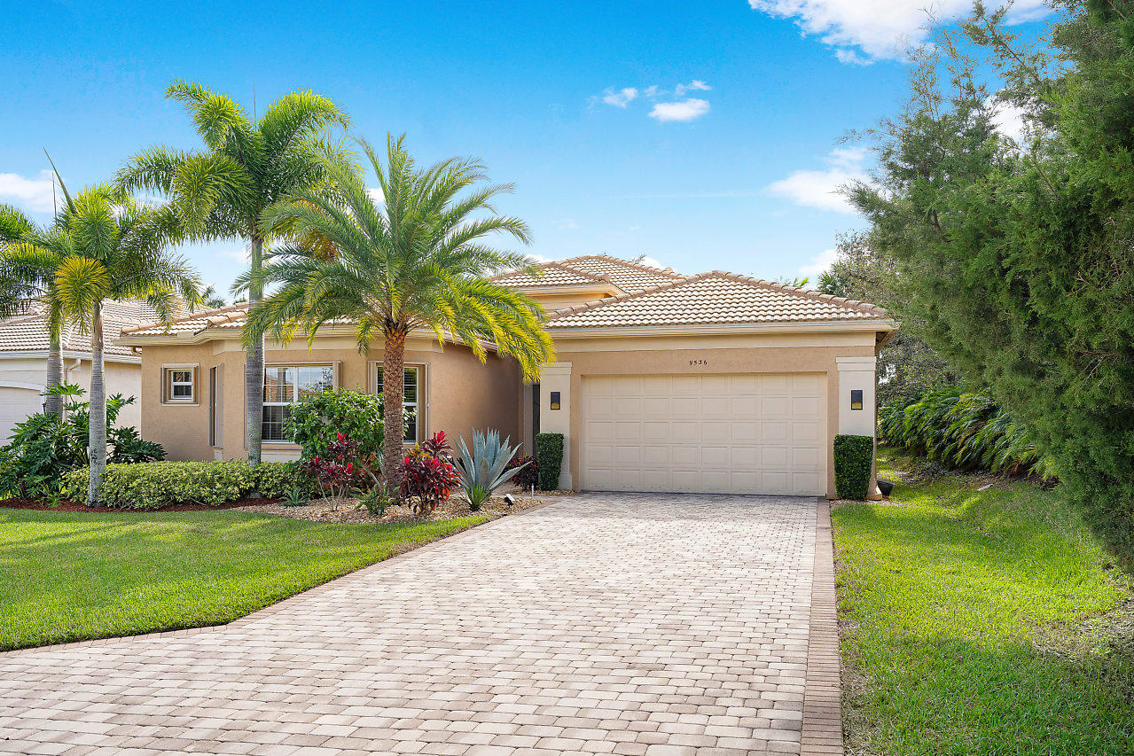 9536 Dovetree Isle Drive, Boynton Beach, Florida 33473, 3 Bedrooms Bedrooms, ,2.1 BathroomsBathrooms,Single Family,For Sale,Valencia Reserve,Dovetree Isle,RX-10491552