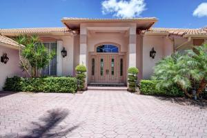 137 Brookhaven Court, Palm Beach Gardens, FL 33418