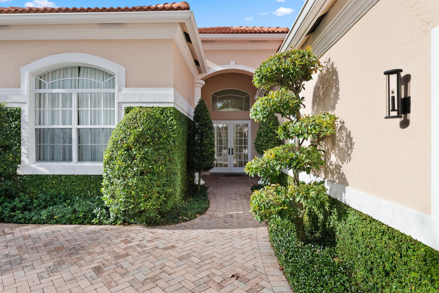 14334 Stroller Way, Wellington, Florida 33414, 5 Bedrooms Bedrooms, ,4 BathroomsBathrooms,Single Family,For Sale,PALM BEACH POLO,Stroller,RX-10492532