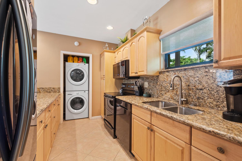 Wellington- Florida 33414, 2 Bedrooms Bedrooms, ,2 BathroomsBathrooms,Residential,For Sale,Wimbledon,RX-10492161
