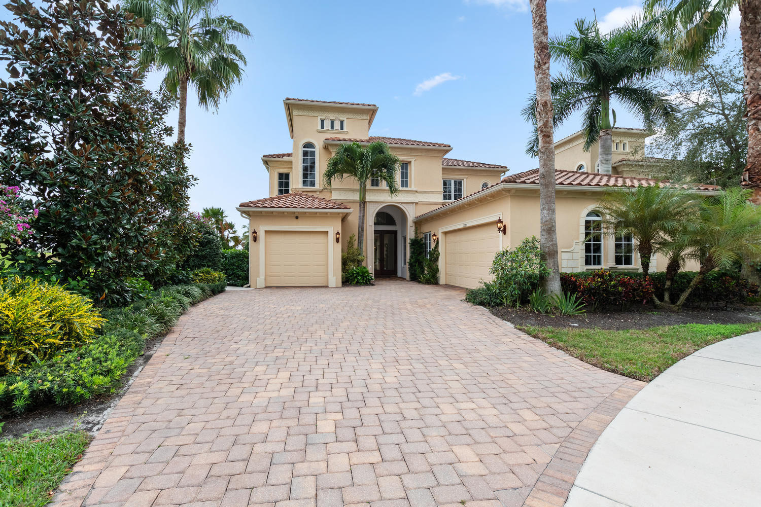 12080 Sunnydale Drive, Wellington, Florida 33414, 4 Bedrooms Bedrooms, ,4.1 BathroomsBathrooms,Single Family,For Sale,PALM BEACH POLO,Sunnydale,RX-10492563