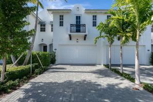 906 Hamilton Lane, Delray Beach, FL 33483