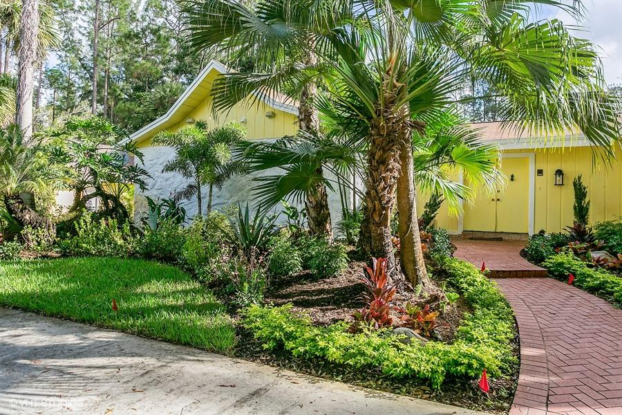 12915 Collecting Canal Road, Loxahatchee Groves, Florida 33470, 5 Bedrooms Bedrooms, ,4 BathroomsBathrooms,Single Family,For Sale,Collecting Canal,1,RX-10492619