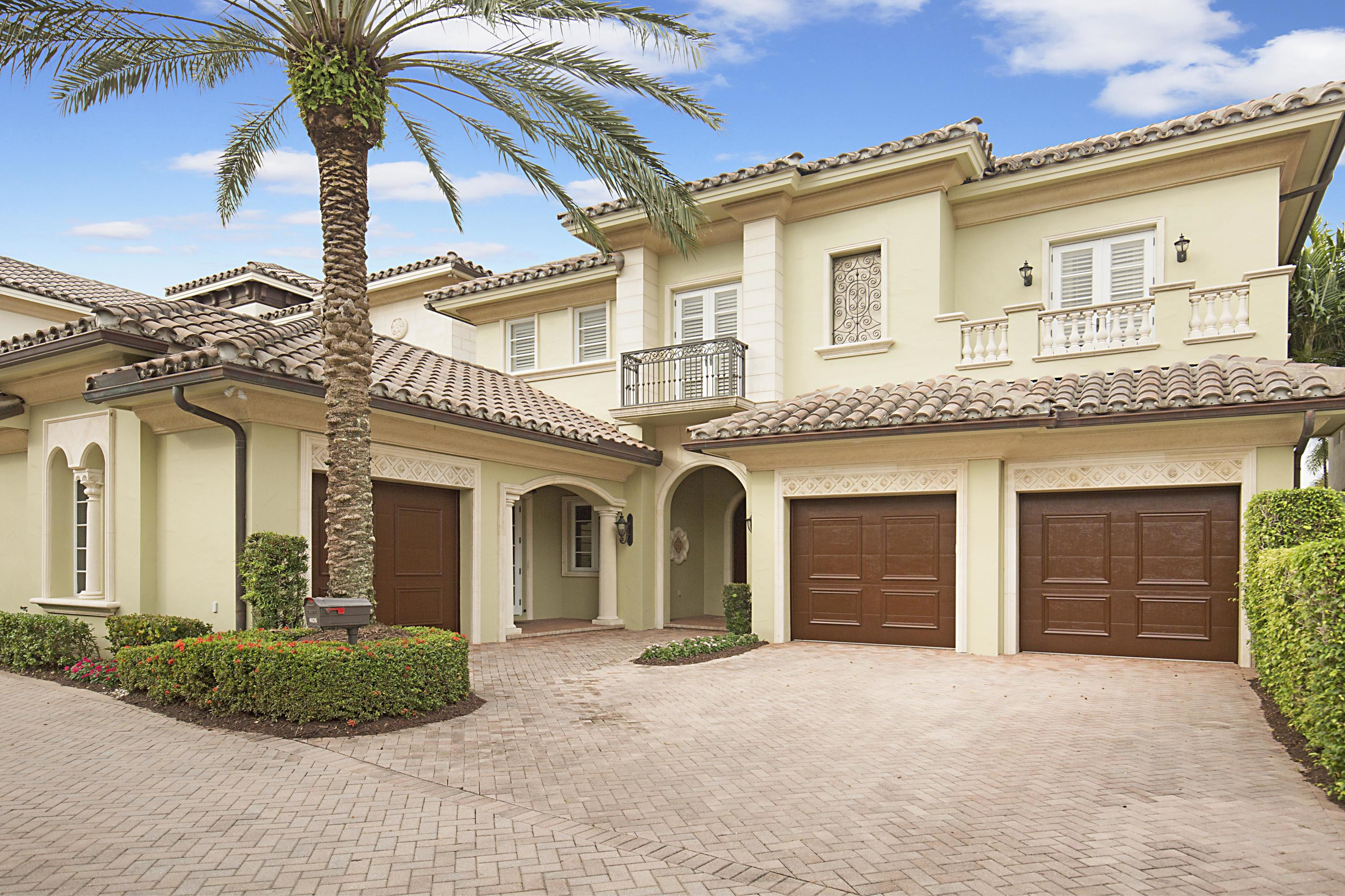 Direct Intracoastal Estate Home