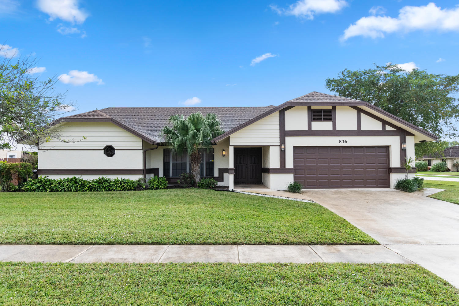 836 Silverbell Lane, Wellington, Florida 33414, 3 Bedrooms Bedrooms, ,2 BathroomsBathrooms,Single Family,For Sale,SUGAR POND MANOR,Silverbell,836,RX-10493347