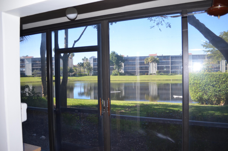 6585 Kensington Lane, Delray Beach, Florida 33446, 2 Bedrooms Bedrooms, ,2 BathroomsBathrooms,Condo/Coop,For Sale,HUNTINGTON LAKES,Kensington,1,RX-10494149