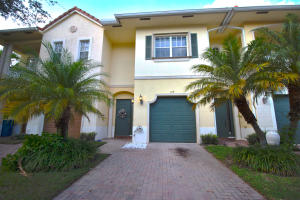 104 Via Emilia, Royal Palm Beach, FL 33411