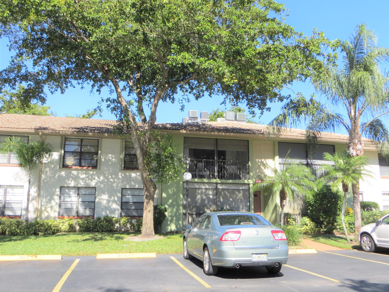 9900 Pineapple Tree Drive, Boynton Beach, Florida 33436, 2 Bedrooms Bedrooms, ,2 BathroomsBathrooms,Condo/Coop,For Sale,Pineapple Tree,2,RX-10494490