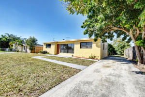 415 Pensacola Drive, Lake Worth, FL 33462
