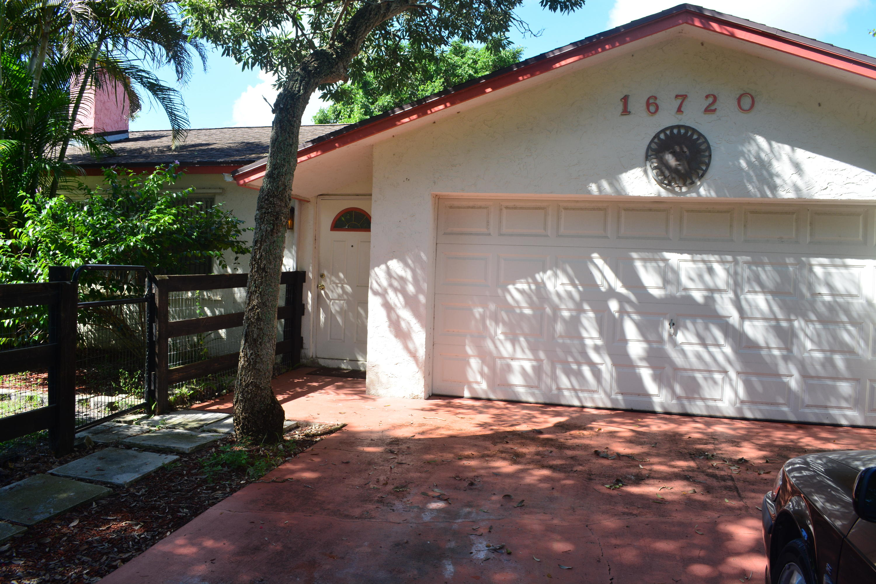 Wellington- Florida 33470, 4 Bedrooms Bedrooms, ,2 BathroomsBathrooms,Residential,For Sale,Hollow Tree,RX-10494553