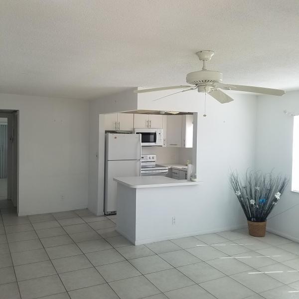 45 Canterbury B, West Palm Beach, Florida 33417, 1 Bedroom Bedrooms, ,1.1 BathroomsBathrooms,Condo/Coop,For Sale,Canterbury B,2,RX-10494802