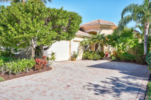 105 Porto Vecchio Way, Palm Beach Gardens, FL 33418