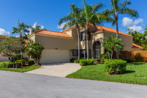 2596 La Cristal Circle, Palm Beach Gardens, FL 33410