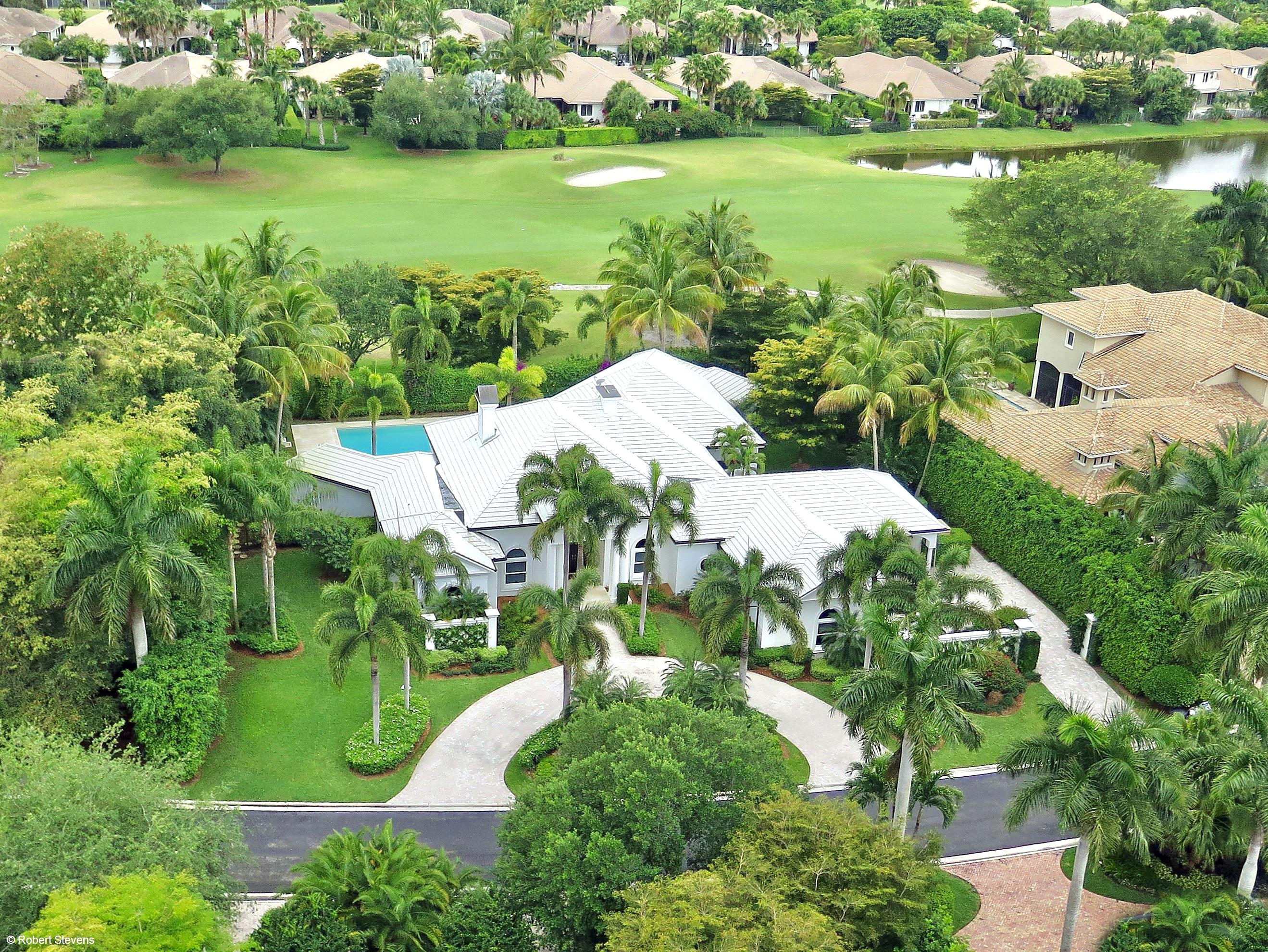 Wellington- Florida 33414, 4 Bedrooms Bedrooms, ,4 BathroomsBathrooms,Residential,For Sale,Sheltingham,RX-10495199