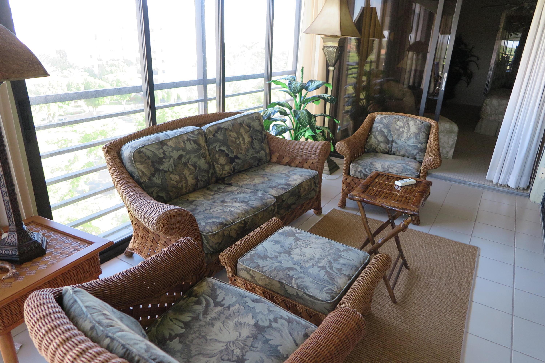 7582 Regency Lake Drive #702 Boca Raton, FL 33433