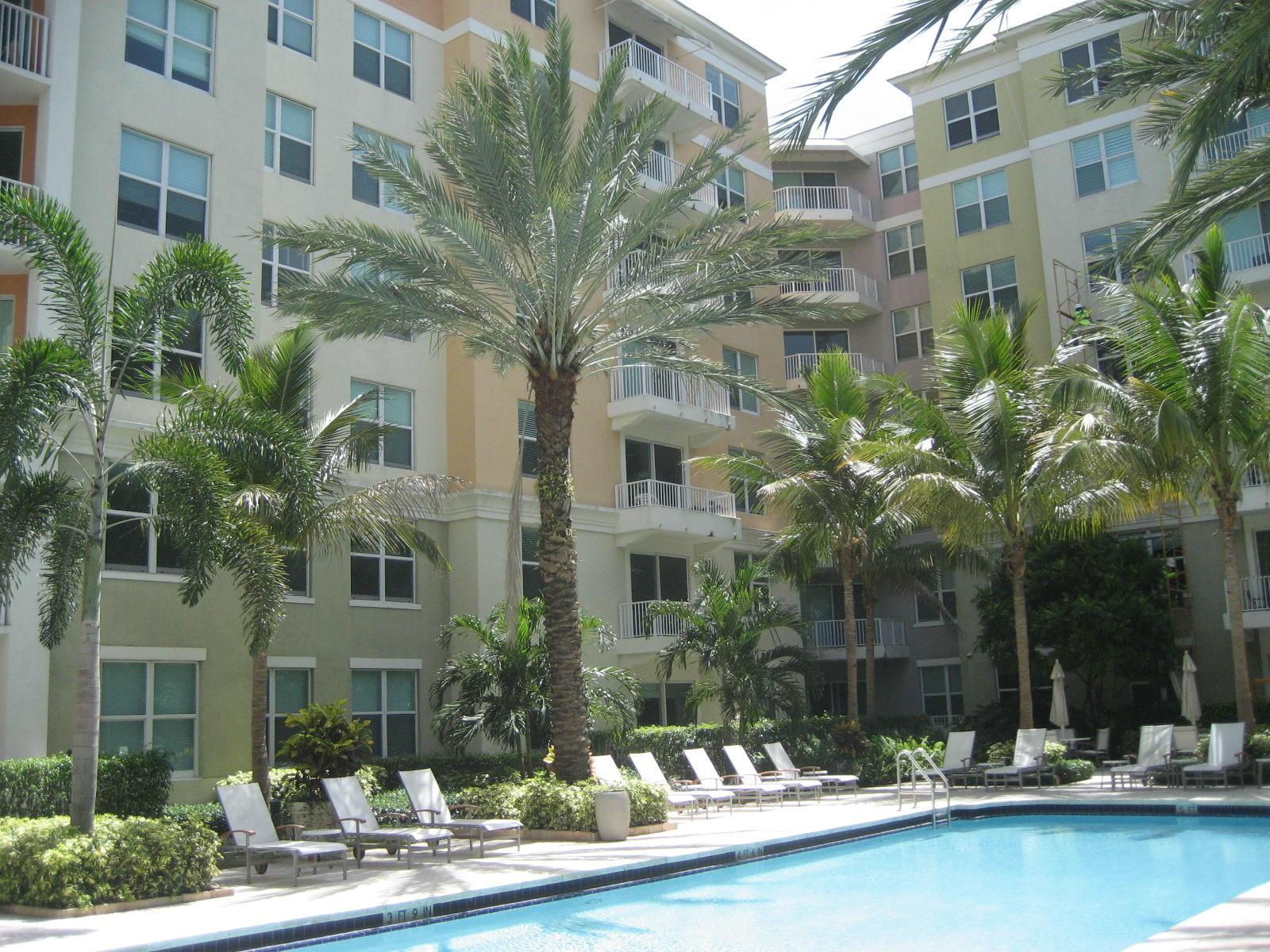 804 Windward Way, Lantana, Florida 33462, 2 Bedrooms Bedrooms, ,2 BathroomsBathrooms,Condo/Coop,For Sale,Windward,1,RX-10495392