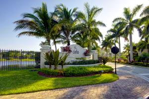 4712 Artesa Way Palm Beach Gardens FL 33418