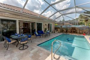4707 Dovehill Drive Palm Beach Gardens FL 33418