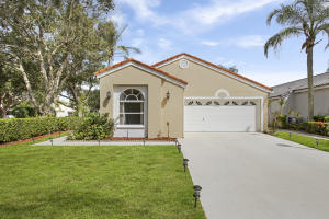 100 Rosewood Lane, Greenacres, FL 33463