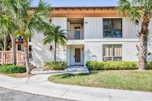 323 Brackenwood Circle, Palm Beach Gardens, FL 33418