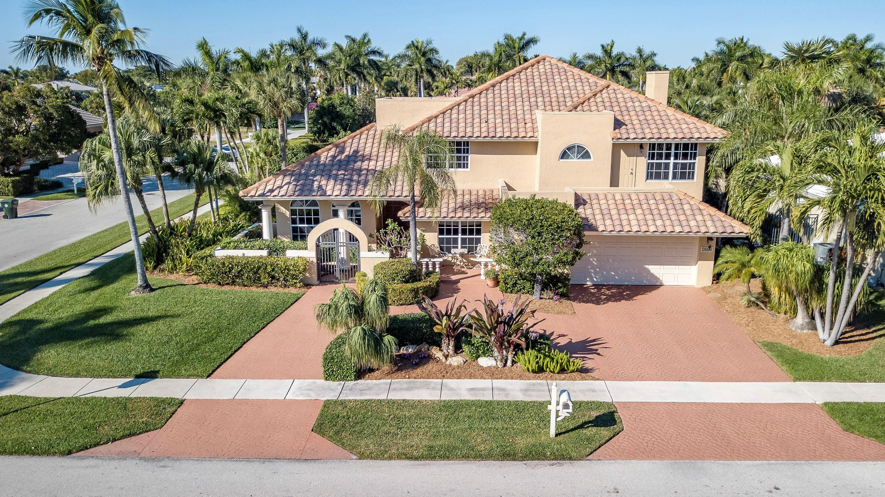 7601 Spanish Trail Court, Boca Raton, Florida 33487, 4 Bedrooms Bedrooms, ,3.1 BathroomsBathrooms,Single Family,For Sale,Boca Bay Colony / Walkers Cay,Spanish Trail,RX-10494847