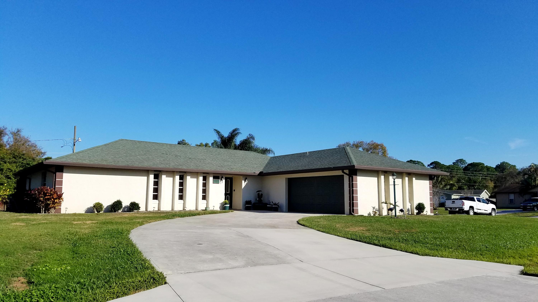 1691 Seashore Lane, Port Saint Lucie, Florida 34983, 3 Bedrooms Bedrooms, ,2 BathroomsBathrooms,Single Family,For Sale,Port St Lucie,Seashore,RX-10495666