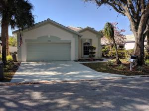 105 Harbor Lake Circle, Greenacres, FL 33413