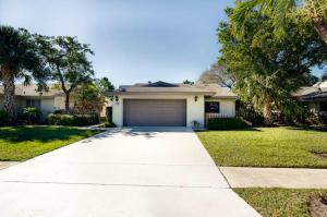 57 Baytree Circle, Boynton Beach, FL 33436