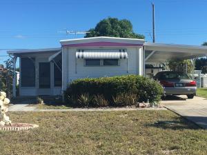 8349 SE Eagle Avenue, Hobe Sound, FL 33455