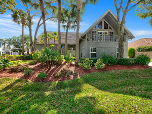 8764 SE North Passage Way, Tequesta, FL 33469