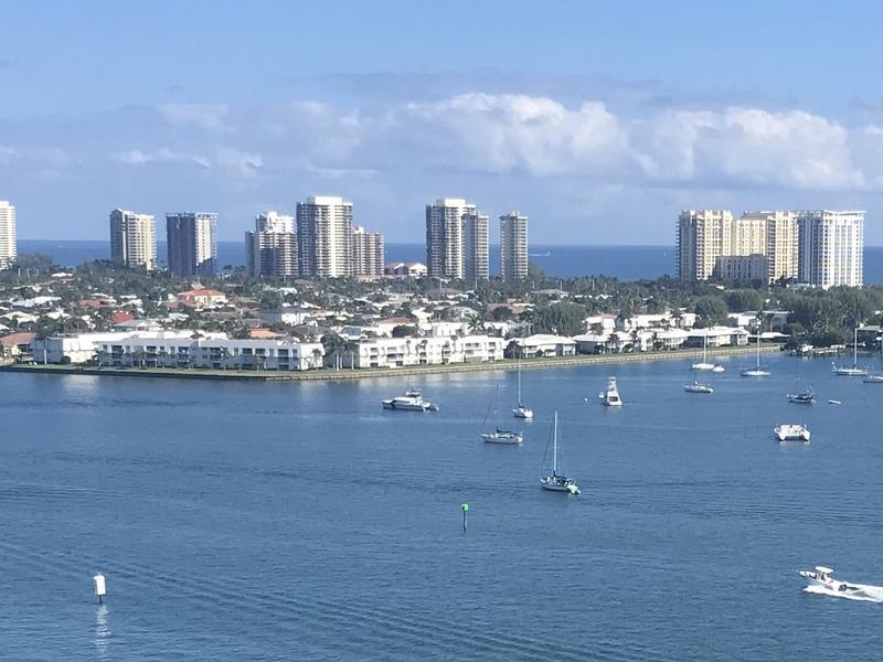 1160 Sugar Sands Boulevard, Riviera Beach, Florida 33404, 2 Bedrooms Bedrooms, ,2 BathroomsBathrooms,Condo/Coop,For Sale,Sugar Sands,3,RX-10495418