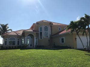 6038 SE Horseshoe Point Place, Stuart, FL 34997