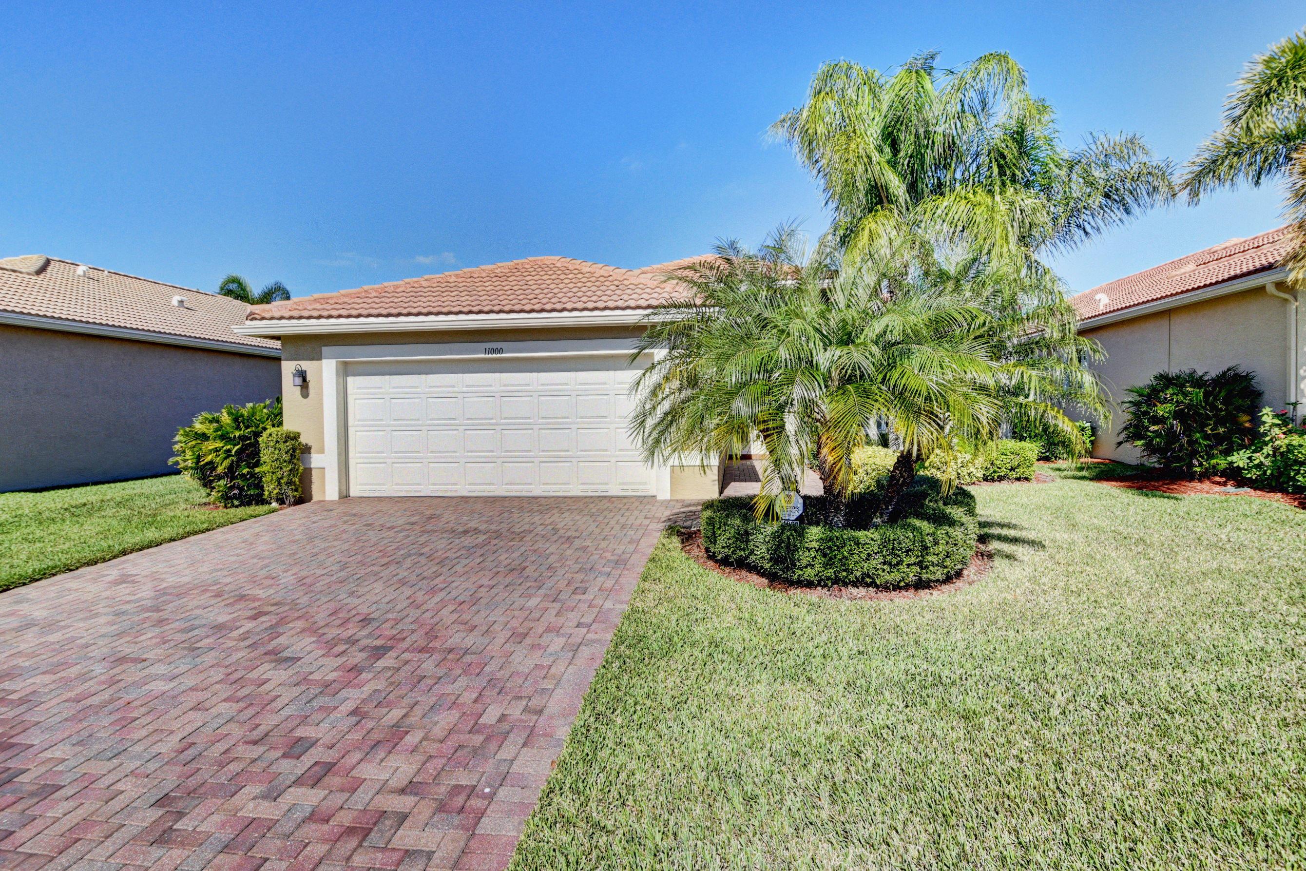 11000 Carmelcove Circle  Boynton Beach FL 33473