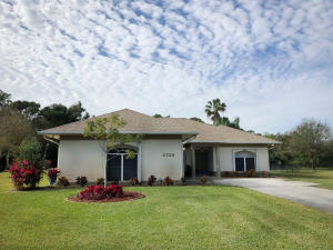 2728 S Serenity Circle, Fort Pierce, FL 34981